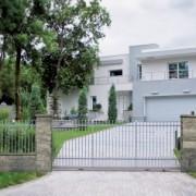 modern_house-51c3dd3f3a
